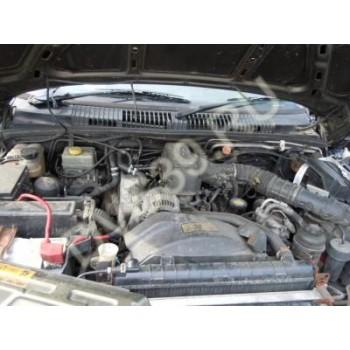 RANGE ROVER Двигатель 4.0 V8 .P38 98 R.