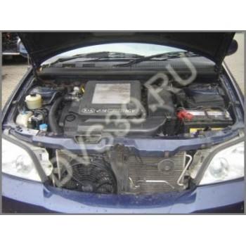 KIA CARNIVAL 2,9 CRDI 2004 R - Двигатель