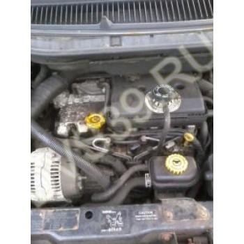 Chrysler Voyager 2.5 TD Двигатель
