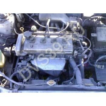 TOYOTA AVENSIS 1,8 Двигатель 7AFE-
