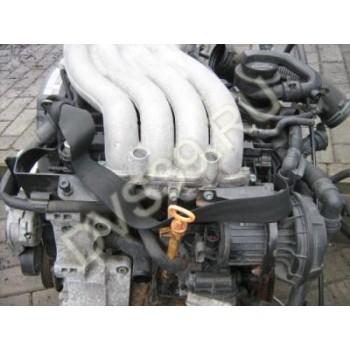 Skoda Octavia 2.0 B Двигатель