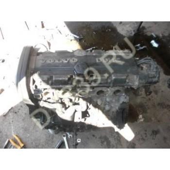 VOLVO 850 2,5 10V Двигатель