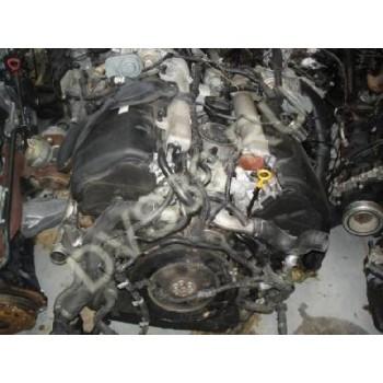 Двигатель VW Touareg 5.0 V10 TDI 2004-07 r Двигатель
