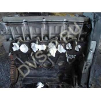 RENAULT Megane Volvo V40 S40 Двигатель 1.9 DTI F8T