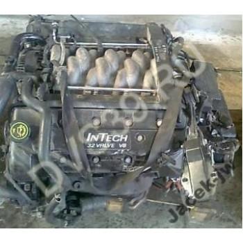 Двигатель Lincoln Toun Car 4.6 2000r 9G822AA