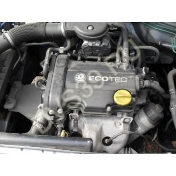 OPEL CORSA 1000 Двигатель