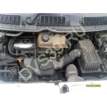 Двигатель 2.0 16V PEUGEOT 806 01r