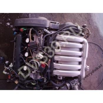 PEUGEOT 607 Двигатель 3.0 V6 67000km 2003R