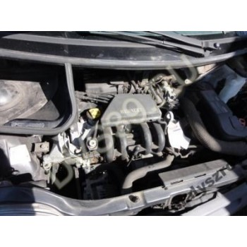 RENAULT TWINGO 1.2 Двигатель