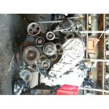 HYUNDAI H200 2.5 CRDI 2005R Двигатель