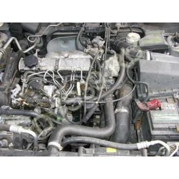 MITSUBISHI CARISMA 1,9 diesel Двигатель