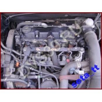 CITROEN C5 01r 2.0 HDI Двигатель