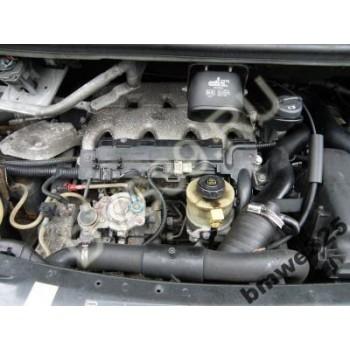 RENAULT ESPACE III 2.2 DT Двигатель