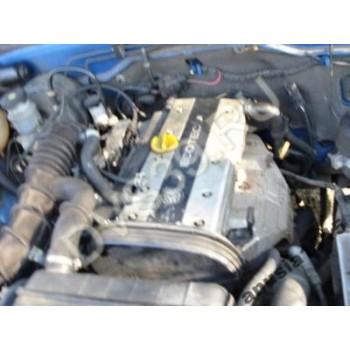 OPEL FRONTERA 1997 2,2 16V Двигатель