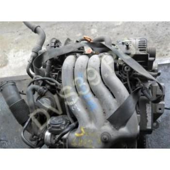 SKODA OCTAVIA 2.0 Бензин Двигатель