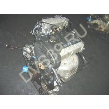 Двигатель HYUNDAI 2.0 16V G4JP SANTA FE TRAJET SONATA