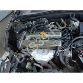 OPEL VECTRA 1.8 16V 1998r. Двигатель