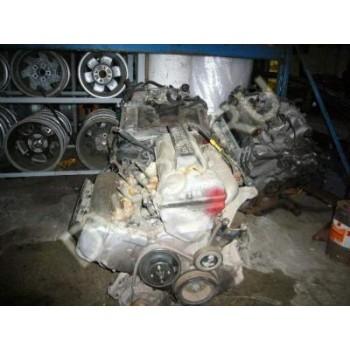 SUZUKI GRAND VITARA 98- 2.5i Двигатель