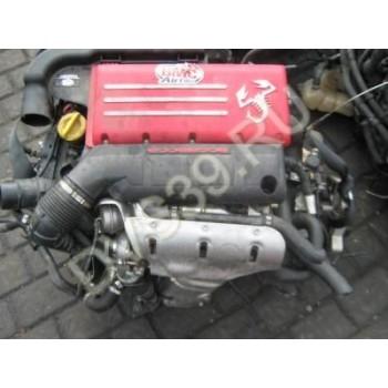 ДвигательFiat 500 Abarth 1.4 Turbo