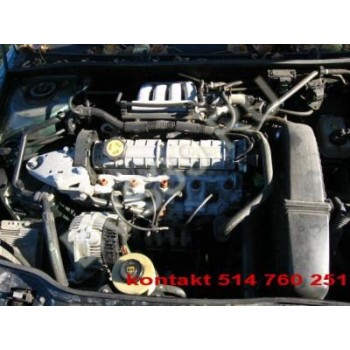 RENAULT LAGUNA 1 Двигатель 2.0 2,0 8V