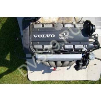 Двигатель VOLVO 850 2,5 20V AUTO