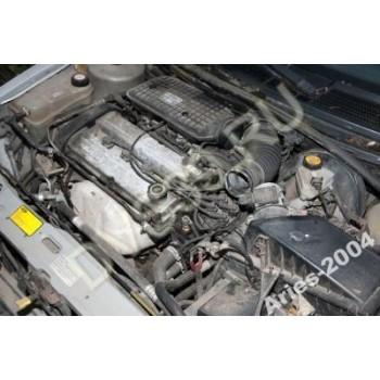 FORD MONDEO 1,8 16V ZETEC Двигатель