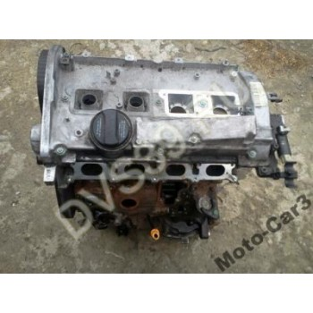 Audi A4 VW Passat B5 1.8 Бензин Двигатель AVV