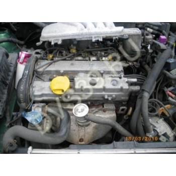 OPEL VECTRA B 1.6 16V 98R Двигатель