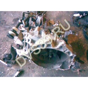HYUNDAI COUPE 2003r 2.7V6 Коробка