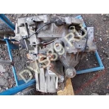 KIA CARNIVAL 2,9 TDI 2001 механическая Коробка передач