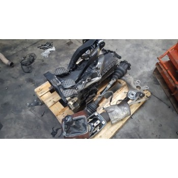 AUDI A4 B6 1.9 TDI комплект для механической КП