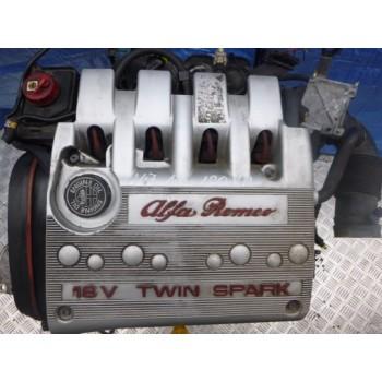 Alfa Romeo 147 1,6 16v Twin Spark двигатель AR32104
