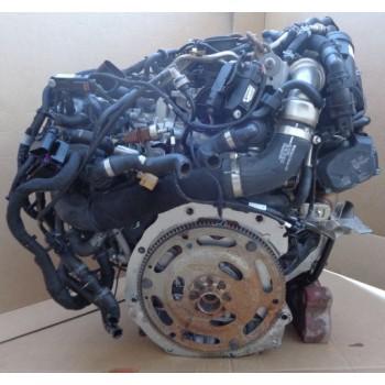 AUDi A4 B9 8W двигатель DETA DET 2.0 TDI 140КВТ 016r