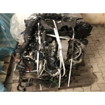 Jaguar E Pace двигатель в сборе 2.0 D 4x4 204td
