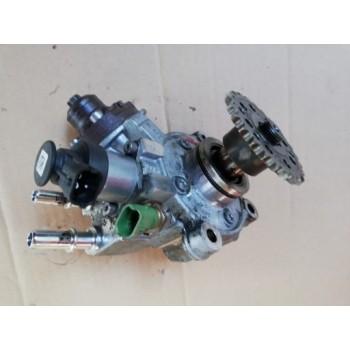 Jaguar XE 2.0 D 15-19r топливный насос g4d39b395aa